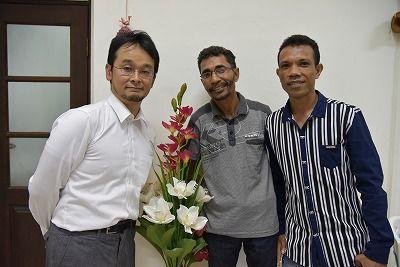 書記官の二人と豊川専門家と一緒に
