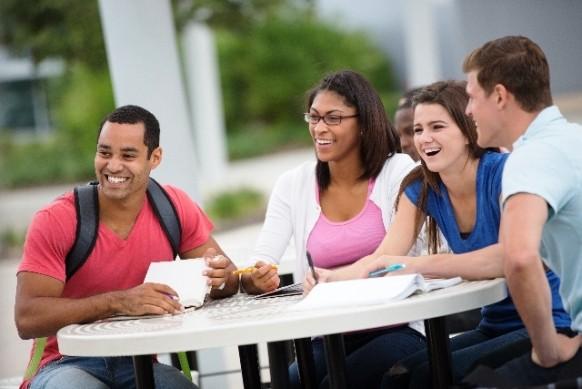 外国人留学生が日本の大学にもたらすもの
