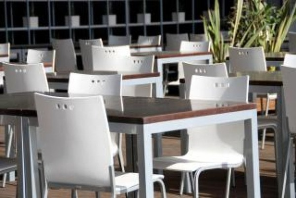 organized-tables--valencia--spain--march_19-111642スペイン
