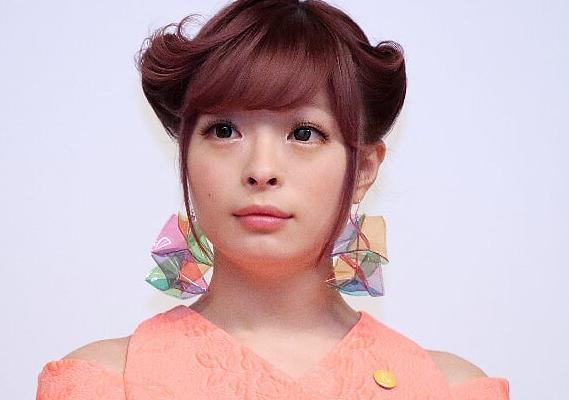 きゃりーぱみゅぱみゅさん(25)、中学生の時の写真を公開wwww