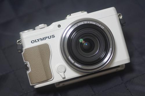 OLYMPUSのデジタルカメラ STYLUS XZ-2