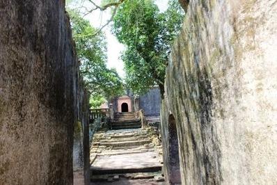 フエ トゥドゥック帝廟 (1)
