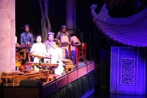 タンロン水上人形劇場 (Thang Long Water Puppet Theatre)