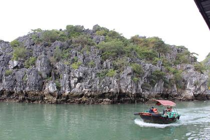 カットバ ハロン湾 クルーズ 奇岩