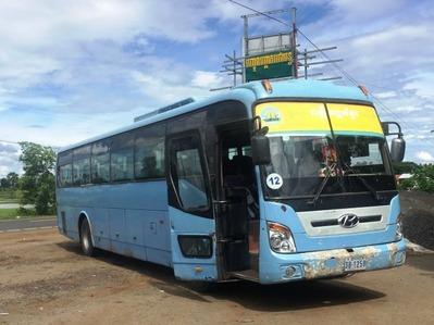 プノンペン シェムリアップ バス