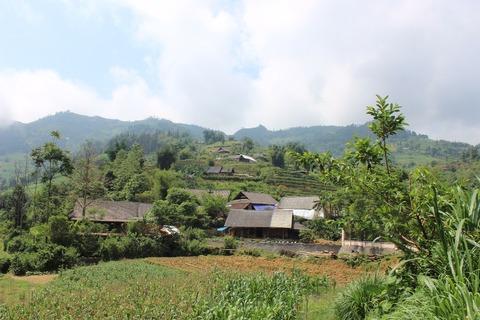 花モン族の村②