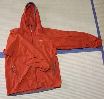 パーカー:海外旅行 旅の準備 服装 持ち物 ベトナム 一人旅
