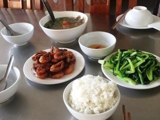 ベトナム ドーソン 宿の食事