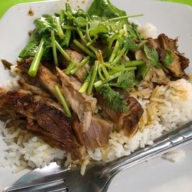 0819 屋台飯 タイ プラカノン