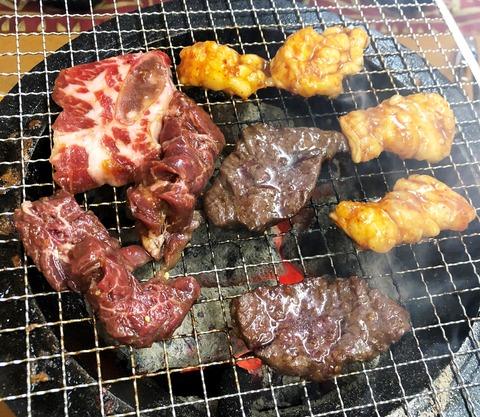 焼肉 新楽井 あらい ©アジアしあわせ特急