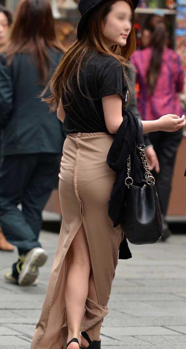 密着スカートのスリット (6)