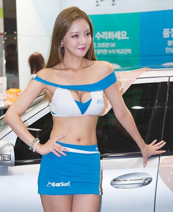 韓国の巨乳激エロコンパニオン (24)