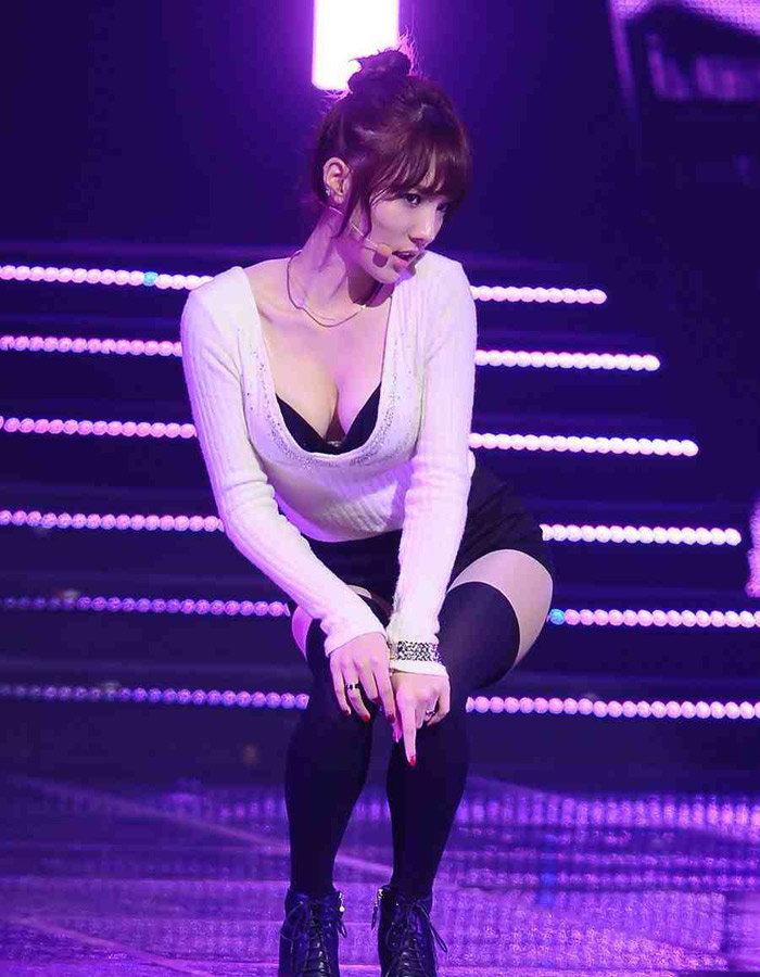 (K-POPえろニュース)AOAよりもえろい☆☆ステラ(Stellar)の現地放送禁止ダンスシーン&えろ写真