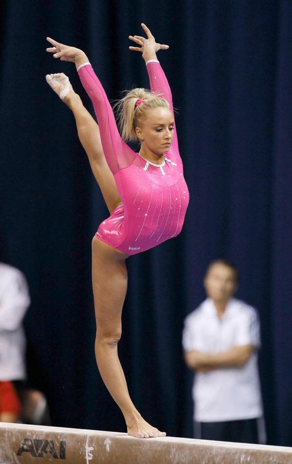 女子体操選手の食い込みエロ画像 (28)