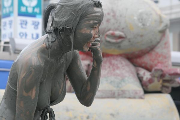 韓国のエロ過ぎる泥祭り (5)