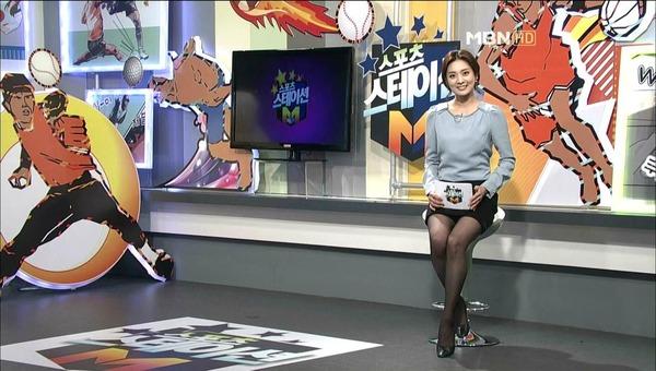 韓国のミニスカ女子アナウンサー (14)