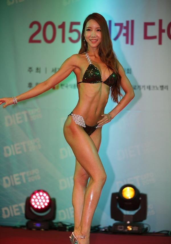 韓国の激エロ女性ボディビルダーたち (7)