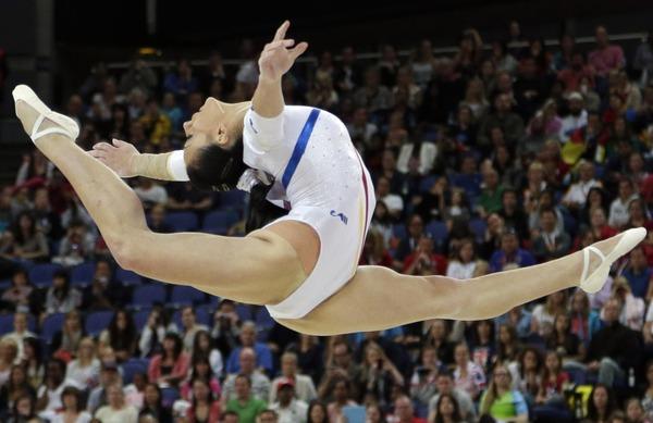 女子体操選手の食い込みエロ画像 (20)
