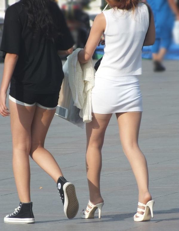 街撮りミニスカ&ショートパンツエロ画像 (31)