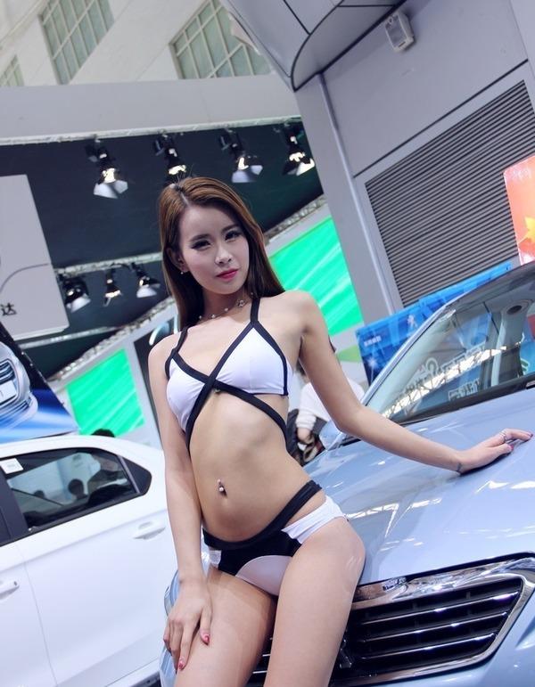 北京モーターショー美人コンパニオン (11)