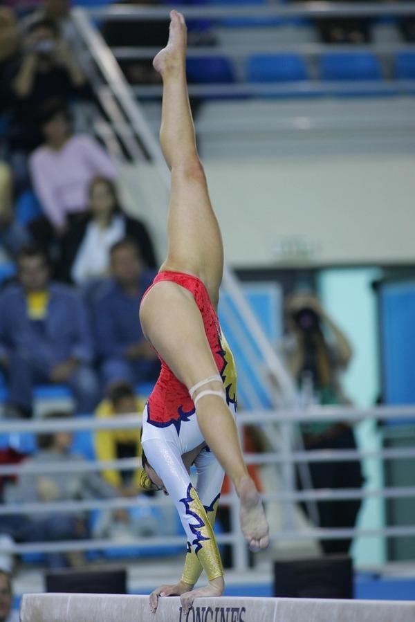 女子体操選手の食い込みエロ画像 (23)