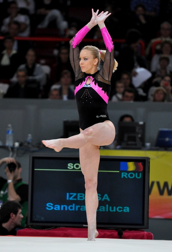 女子体操選手の食い込みエロ画像 (32)