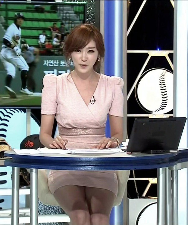 韓国の激エロ女子アナウンサー (4)