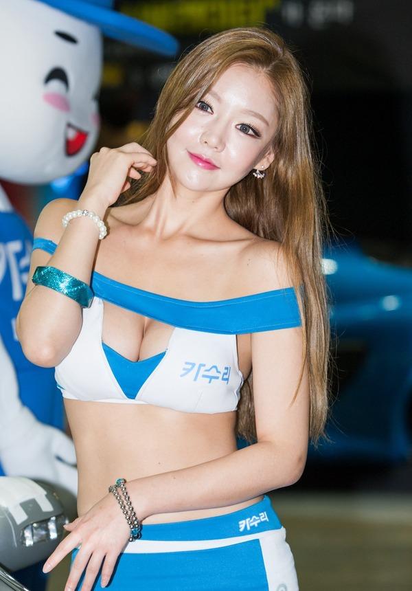 韓国の巨乳激エロコンパニオン (27)