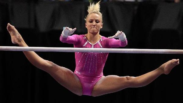 女子体操選手の食い込みエロ画像 (14)
