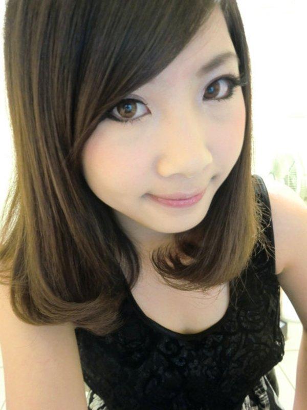 人気テレクラサイトで話題の女性の自画撮り写メをチェック (10)