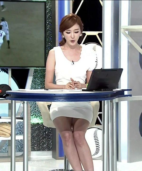 韓国の激エロ女子アナウンサー (3)