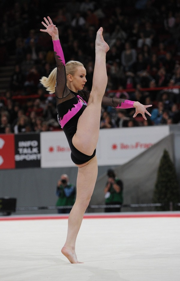 女子体操選手の食い込みエロ画像 (19)