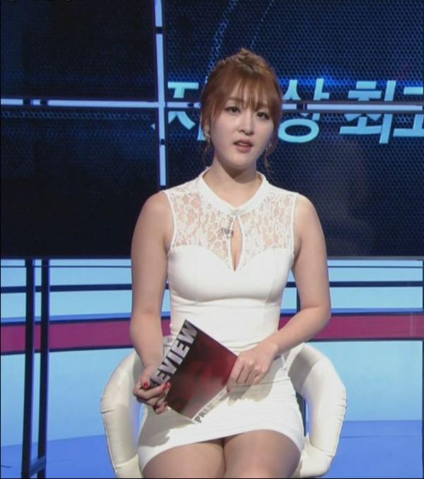韓国の激エロ女子アナウンサー (10)