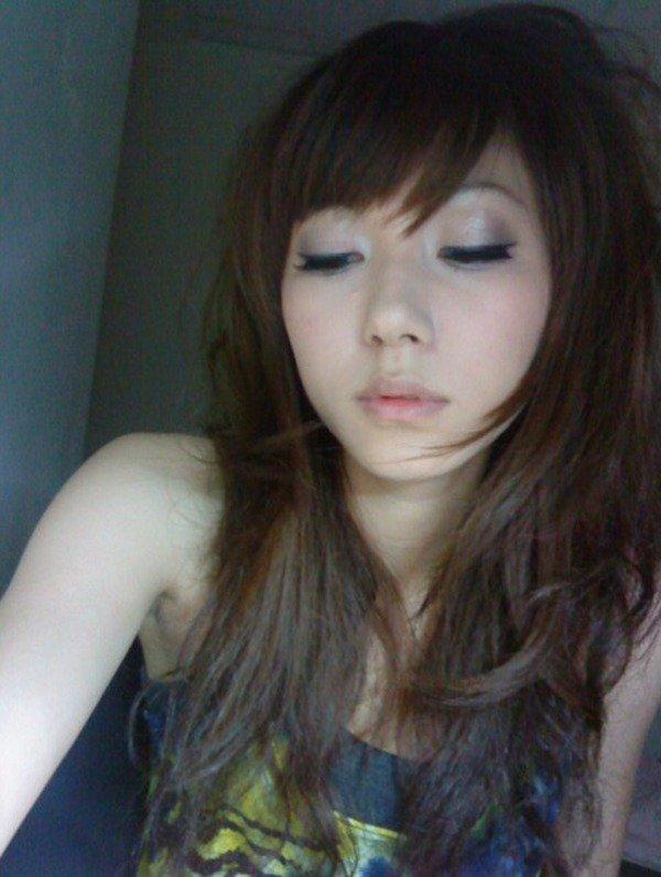 アパートのお部屋を覗く感じで♪女子大生自撮り写メ003