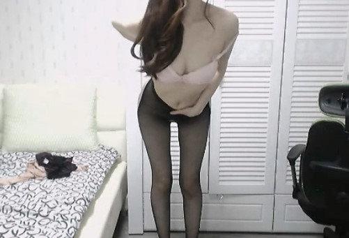 美乳スレンダー女性のオナニー自撮り (14)