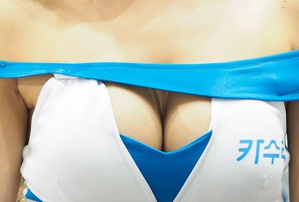 韓国の巨乳激エロコンパニオン (23)
