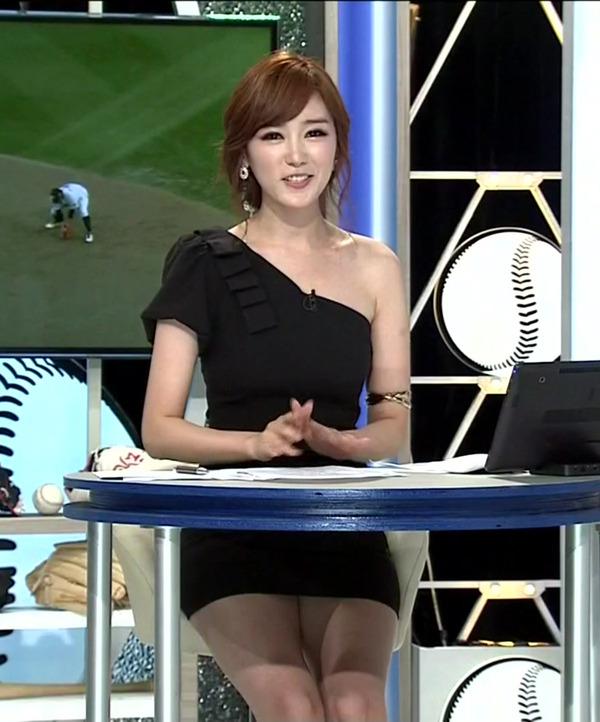 韓国の激エロ女子アナウンサー (8)