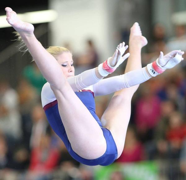 女子体操選手の食い込みエロ画像 (8)