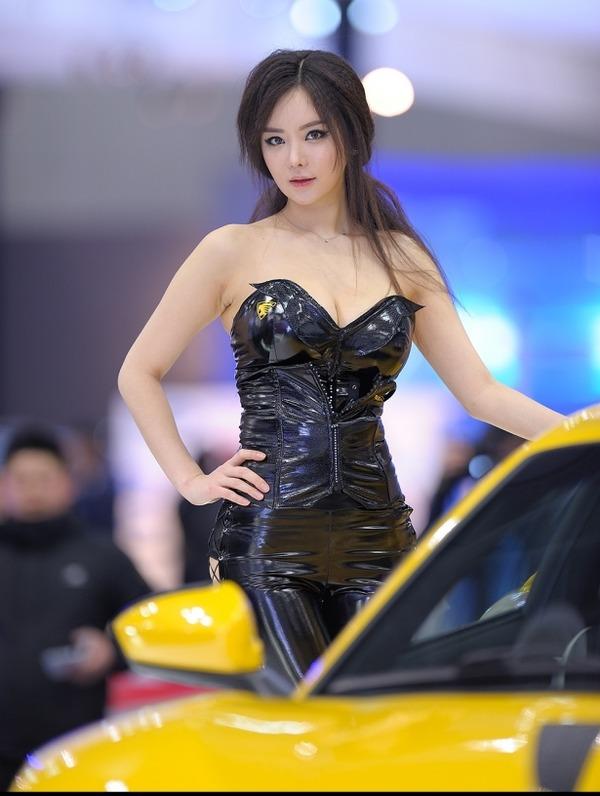 激エロ韓国の巨乳コンパニオン イムジへ (21)