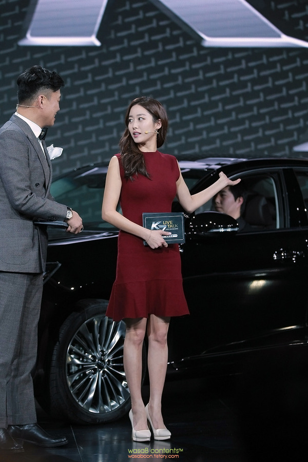 韓国の人気巨乳女子アナウンサー (2)
