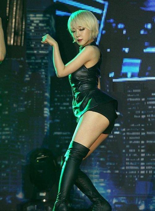 AOA チョアのセクシーダンス画像007