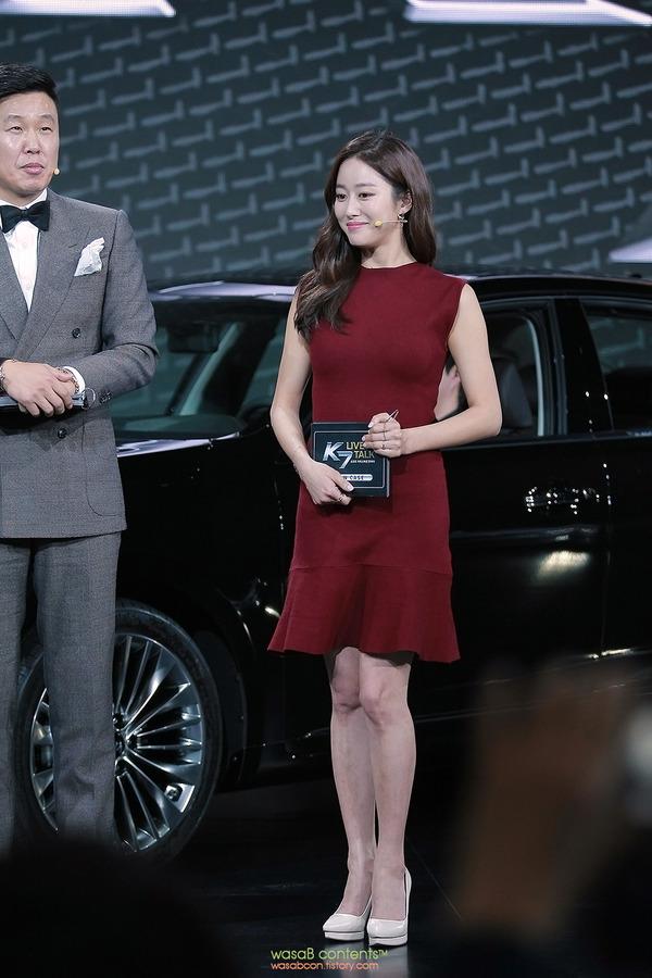 韓国の人気巨乳女子アナウンサー (6)