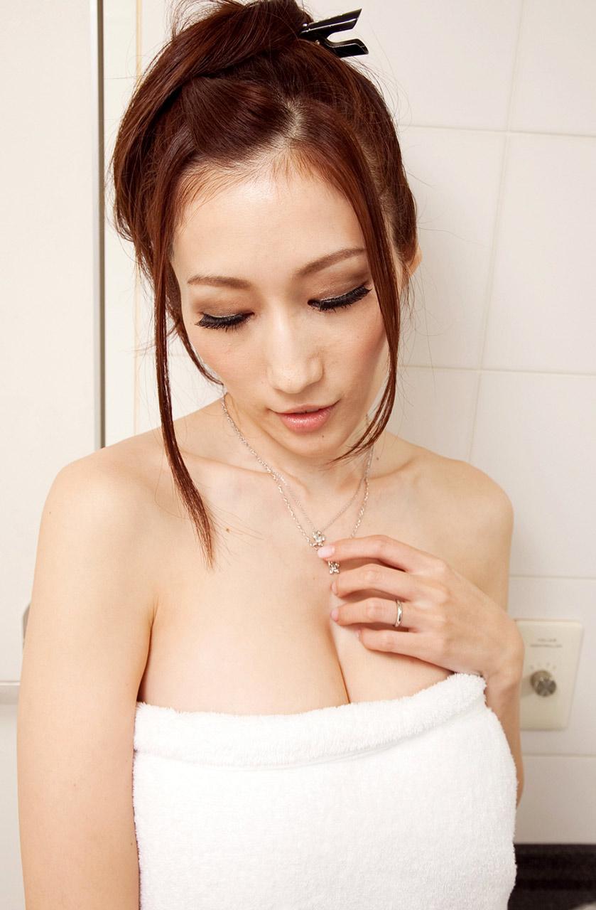 (Twitterえろアカウント)激えろav女優JULIAの最新のつぶやき内容がえろ過ぎるぞぉ~~っ☆☆☆
