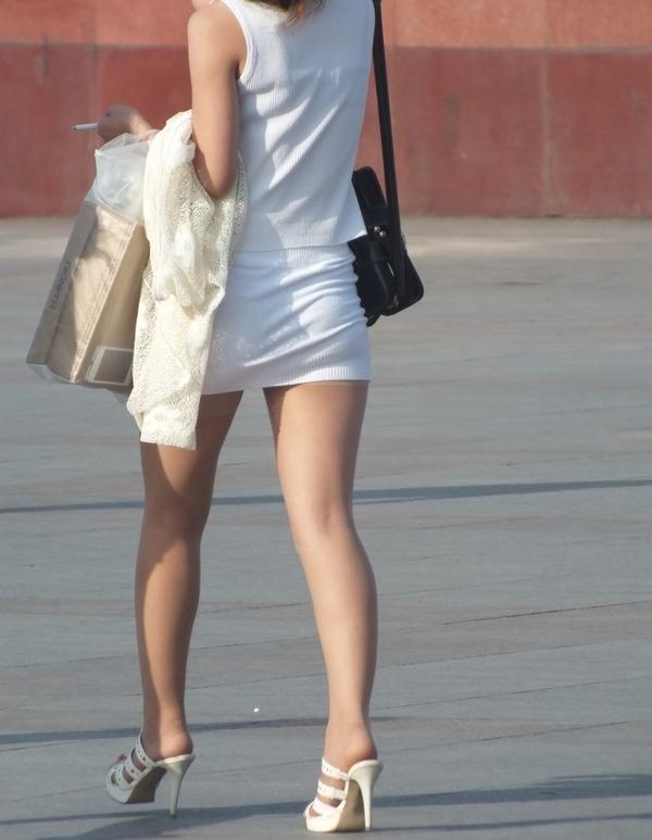 街撮りミニスカ&ショートパンツエロ画像 (28)