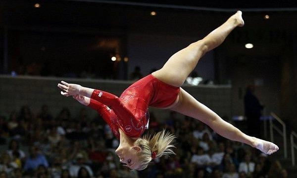 女子体操選手の食い込みエロ画像 (15)