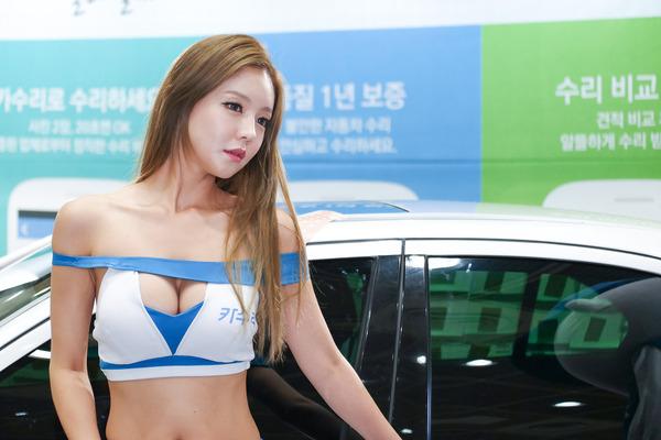 韓国の巨乳激エロコンパニオン (8)