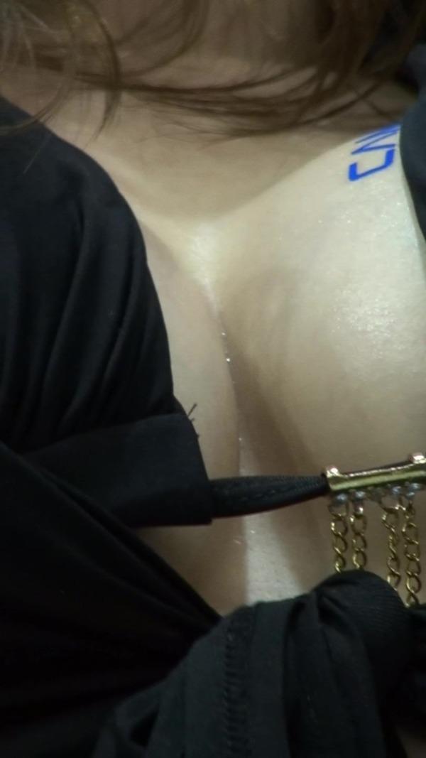 韓国の巨乳コンパニオンのエロ画像集 (23)