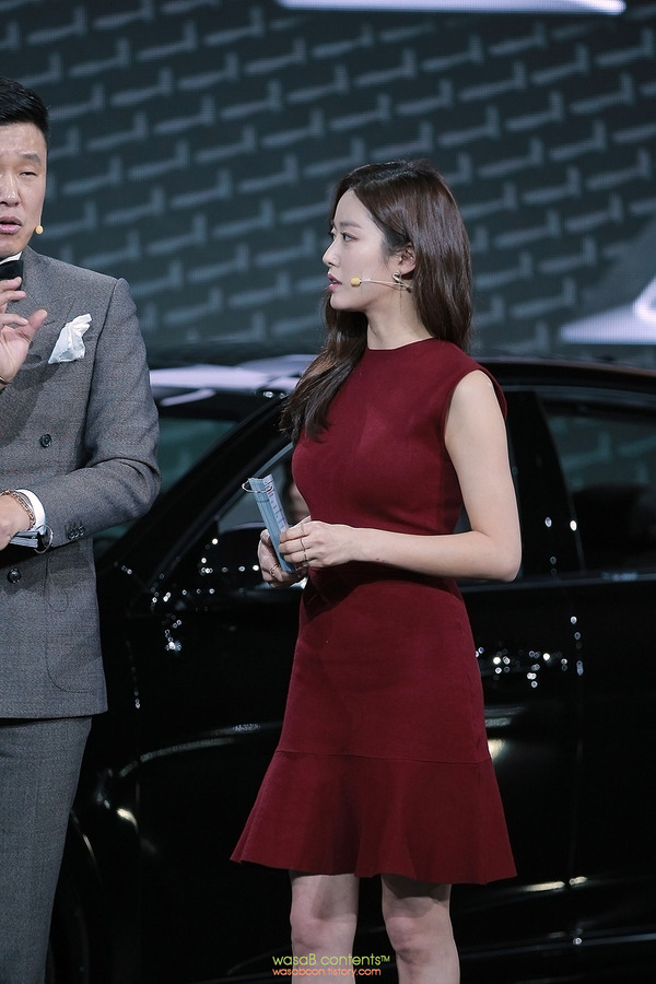 韓国の人気巨乳女子アナウンサー (3)