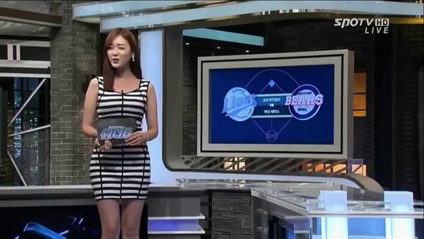 韓国の激エロ女子アナウンサー (29)