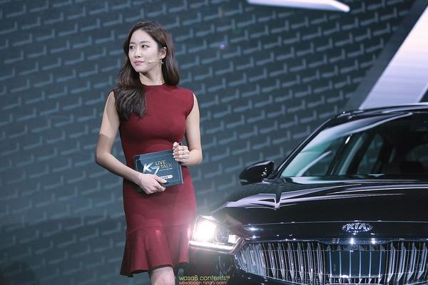 韓国の人気巨乳女子アナウンサー (13)